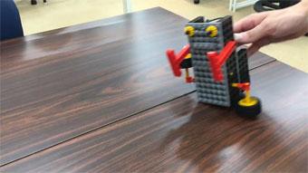 ロボット歩行デモ